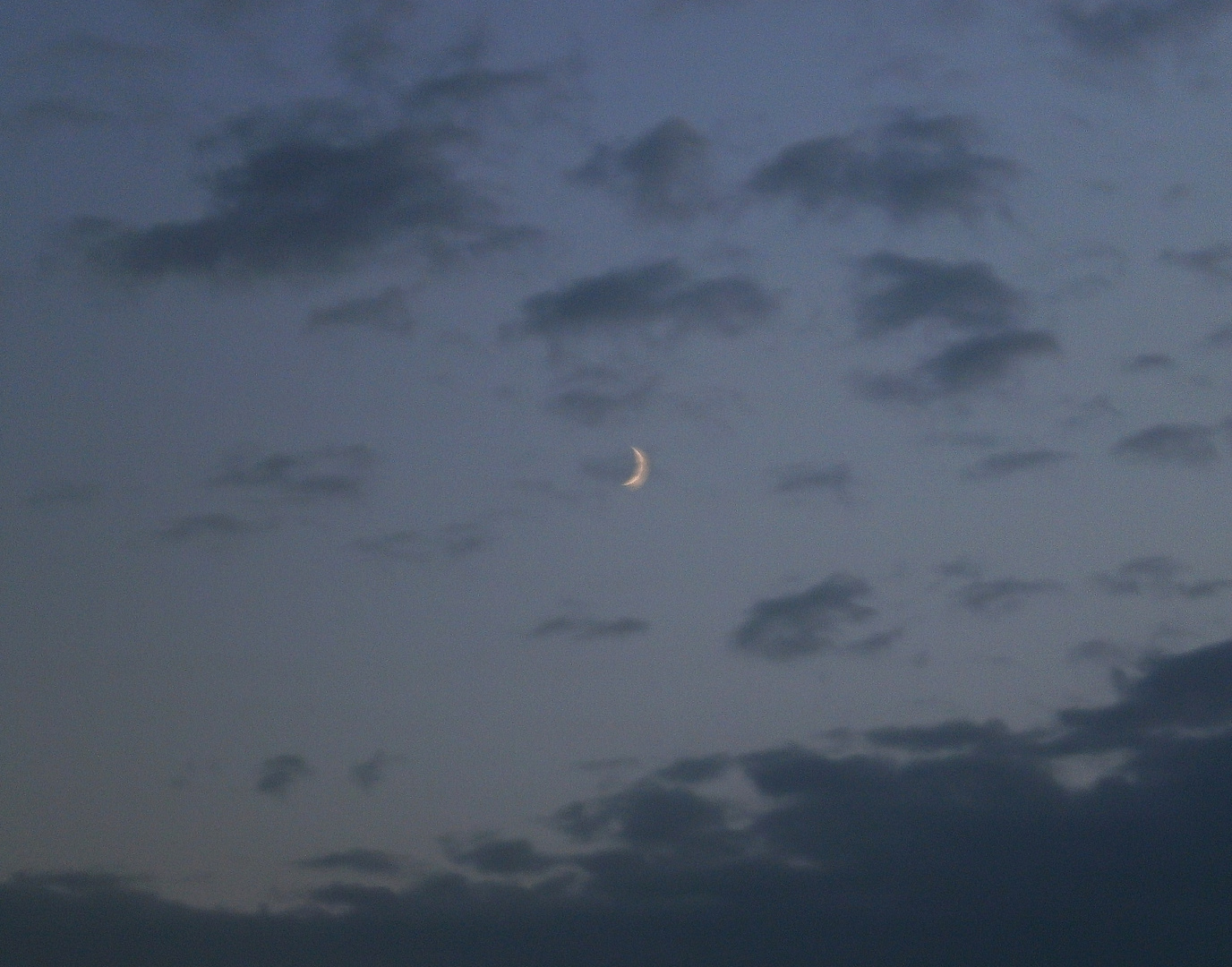 Der kleine Mond im großen Universum