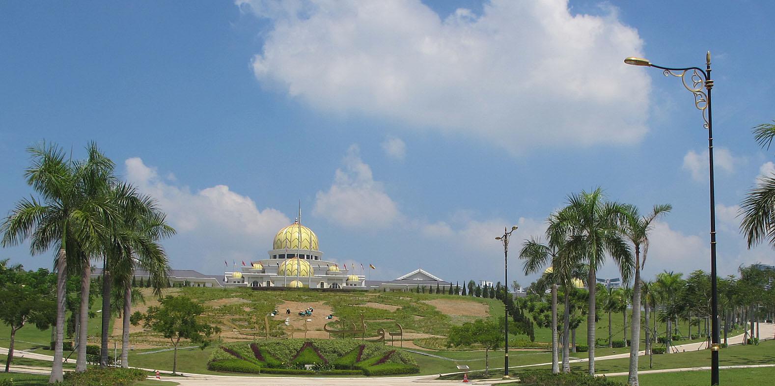 Der Königspalast Istana Negara