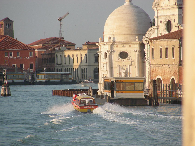 """Der """"Krankenwagen"""" von Venedig"""