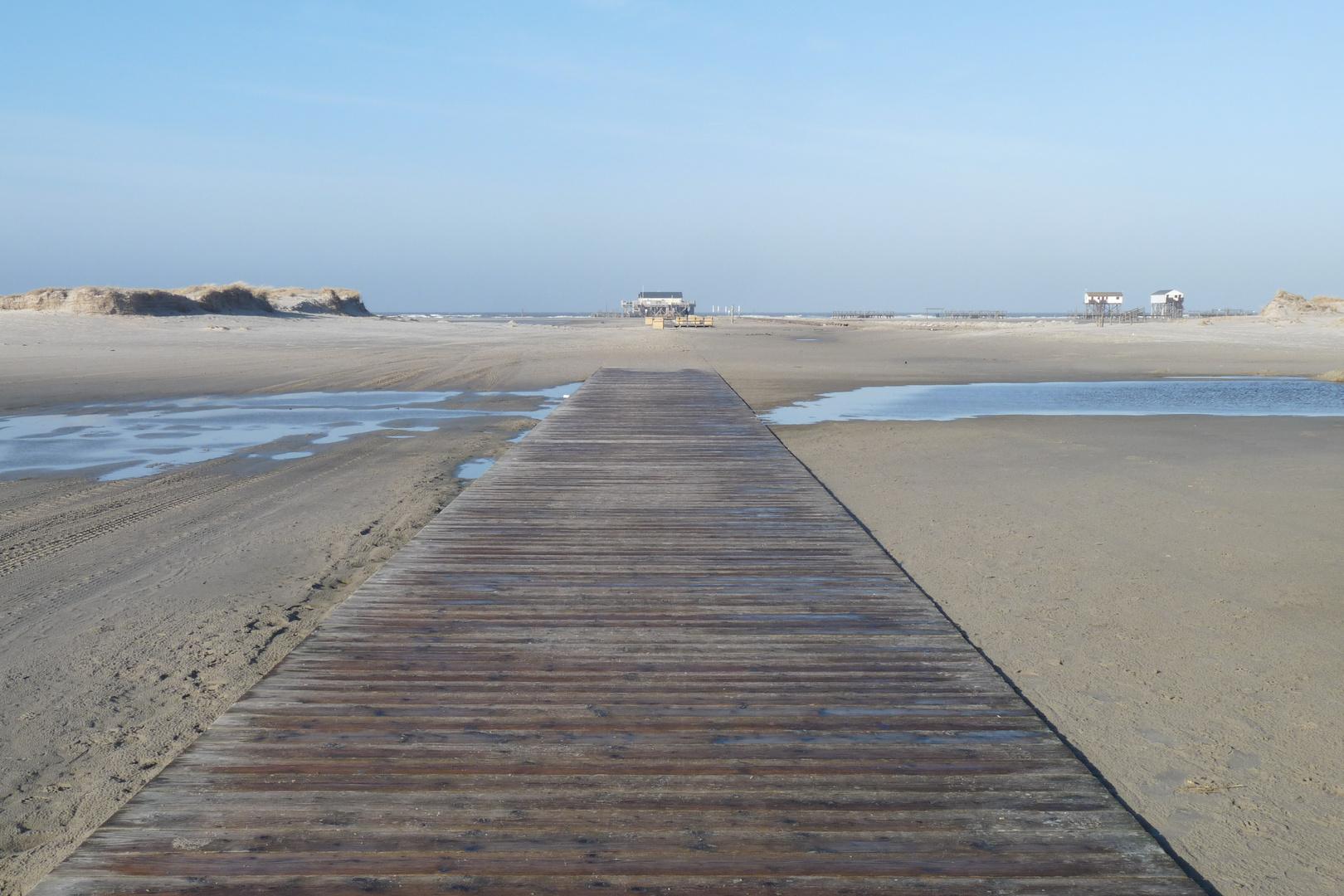 """Der """"Laufsteg"""" zum Strand :-)"""