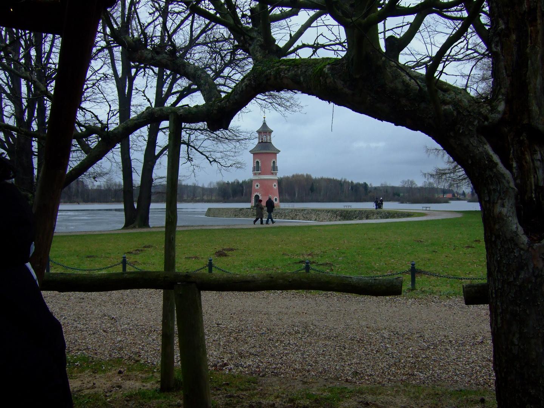 °°° Der Leuchtturm ist in Sicht und damit auch der nächste Bratwurststand ! °°°