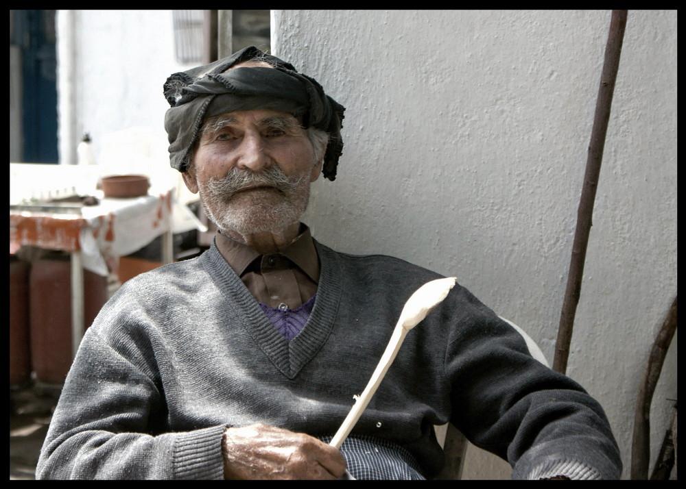 der Löffelschnitzer von Kreta