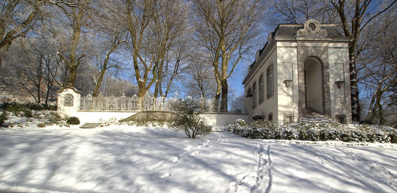 Der Lousberg / Aachen - Germany ... im Winter ... Kerstenscher Pavillon !