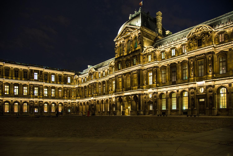 Der Louvre in neuem Licht