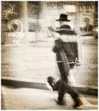 Der Mann. der Hut und der Hund