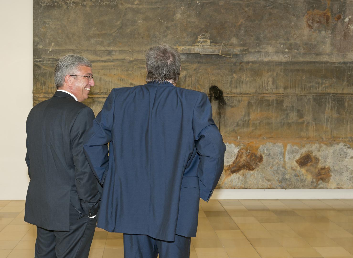 Der Ministerpräsident und sein Innenminister im Ludwig-Museum in Koblenz