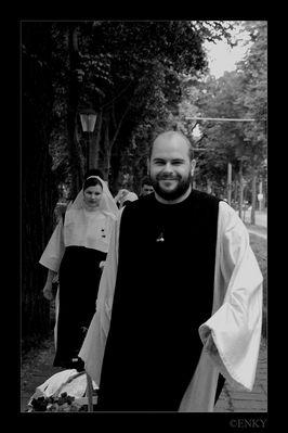 Der Mönch und seine Nonnen