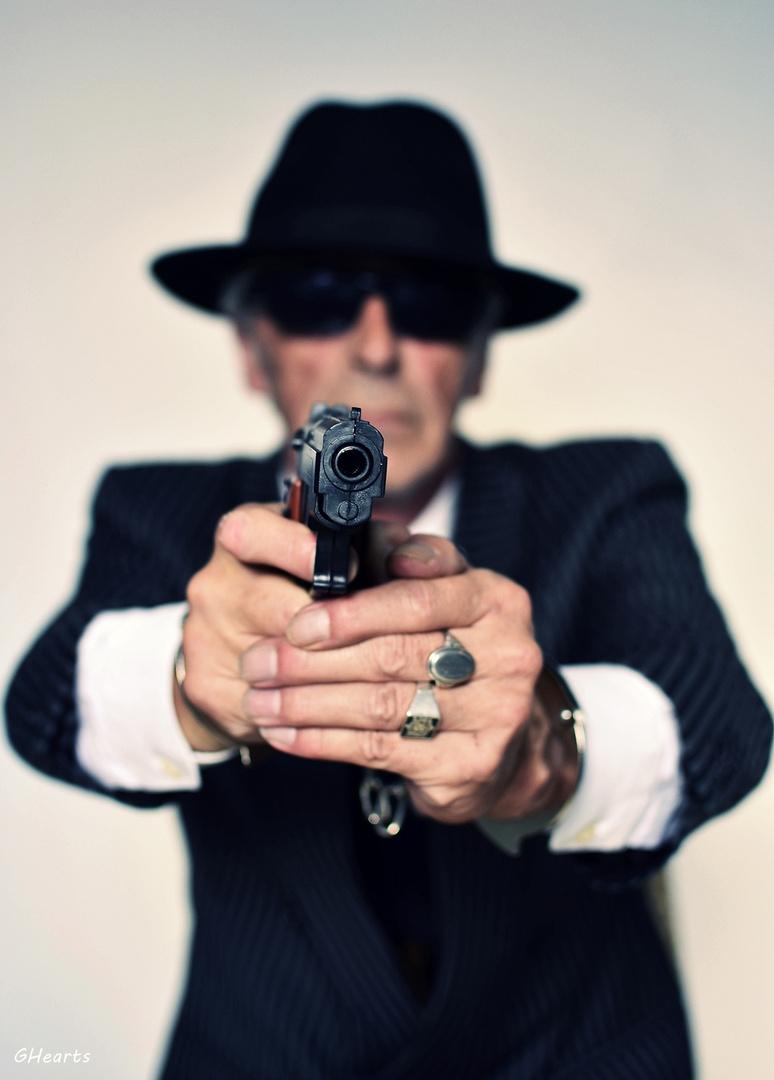 Der Mörder mit den Handschellen