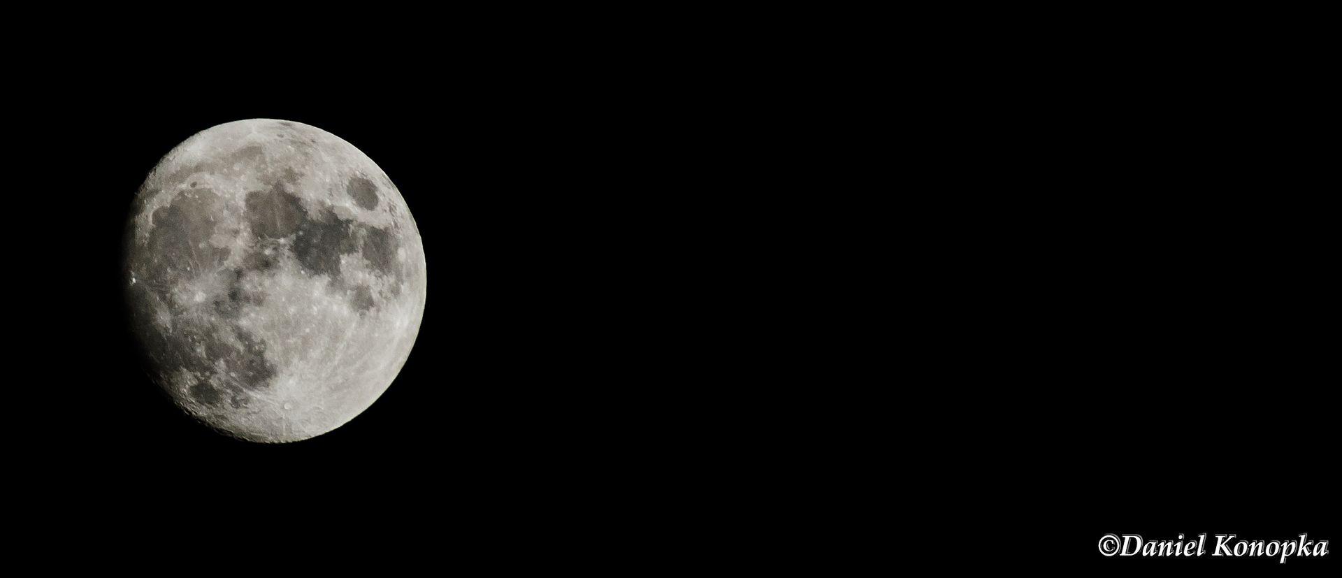 Der Mond ...