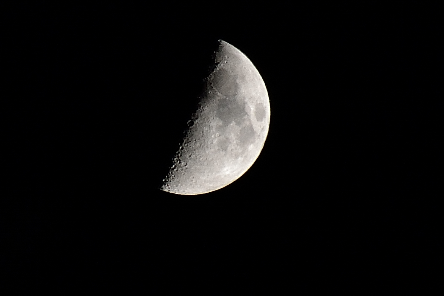 Der Mond 3