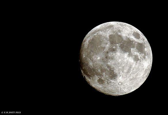Der Mond am 02.07.2012