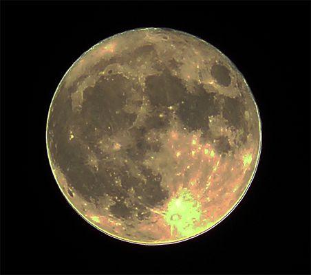 Der Mond an meinem Fenster