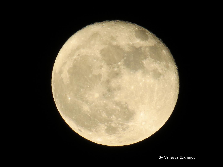 Der Mond freihand