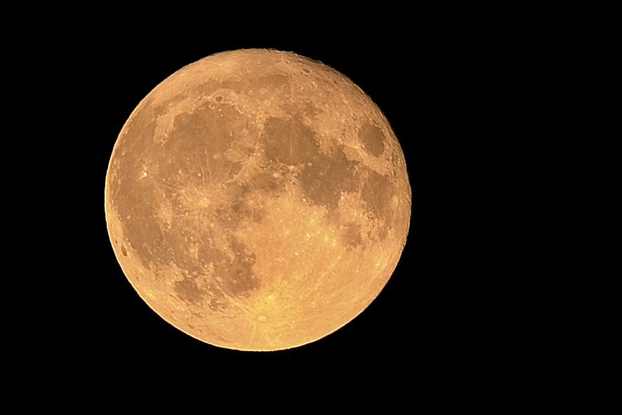 der Mond gegen 23 Uhr