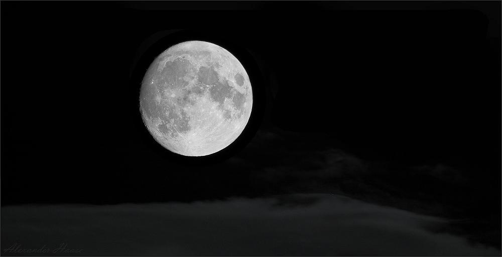 ~ Der Mond im Nebel II ~