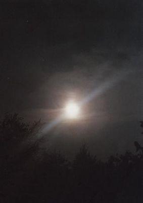 Der Mond ist auch nur ein Stern
