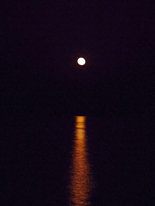 Der Mond ist auf gegangen :-)