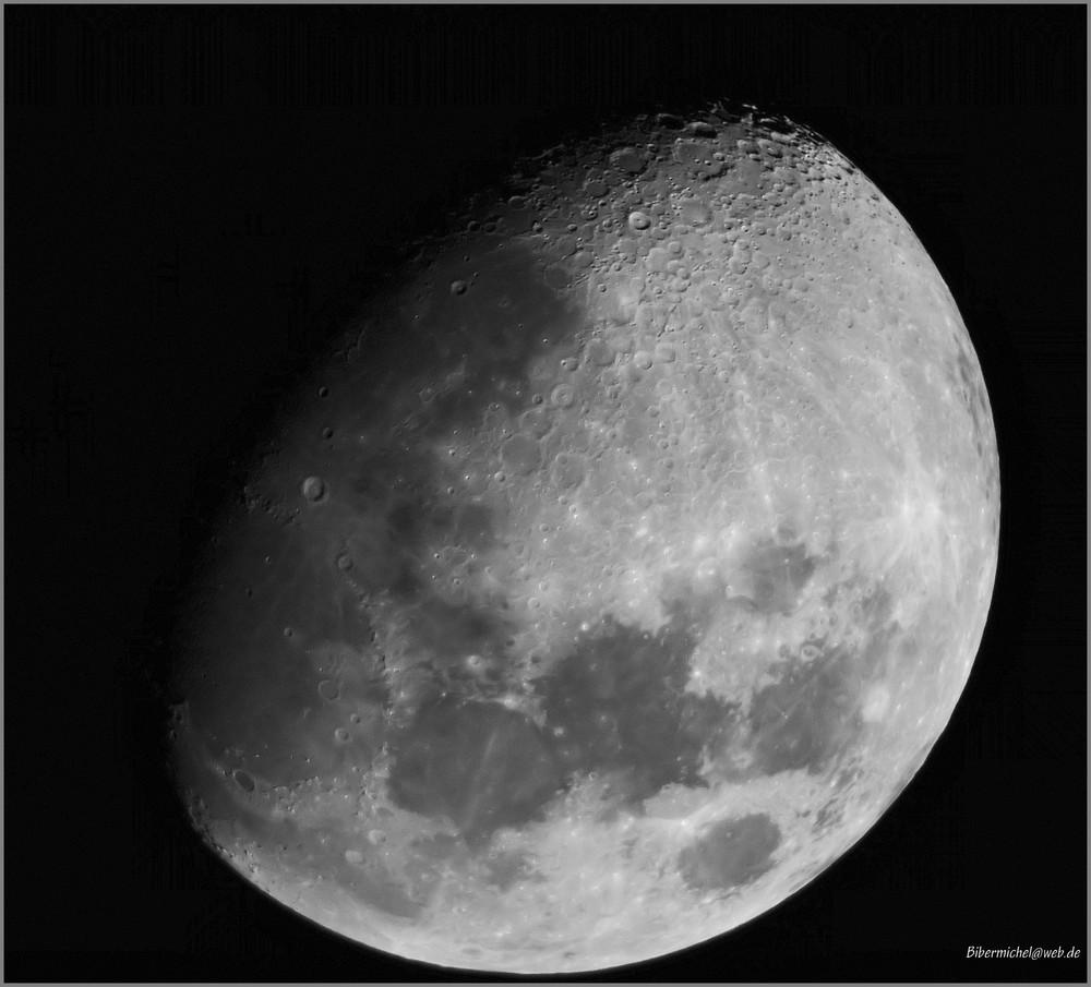 Der Mond ist so nah