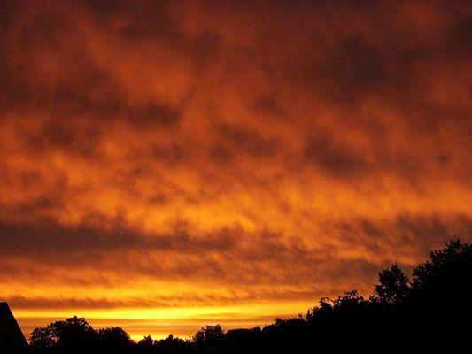 Der Morgenhimmel über Mülheim