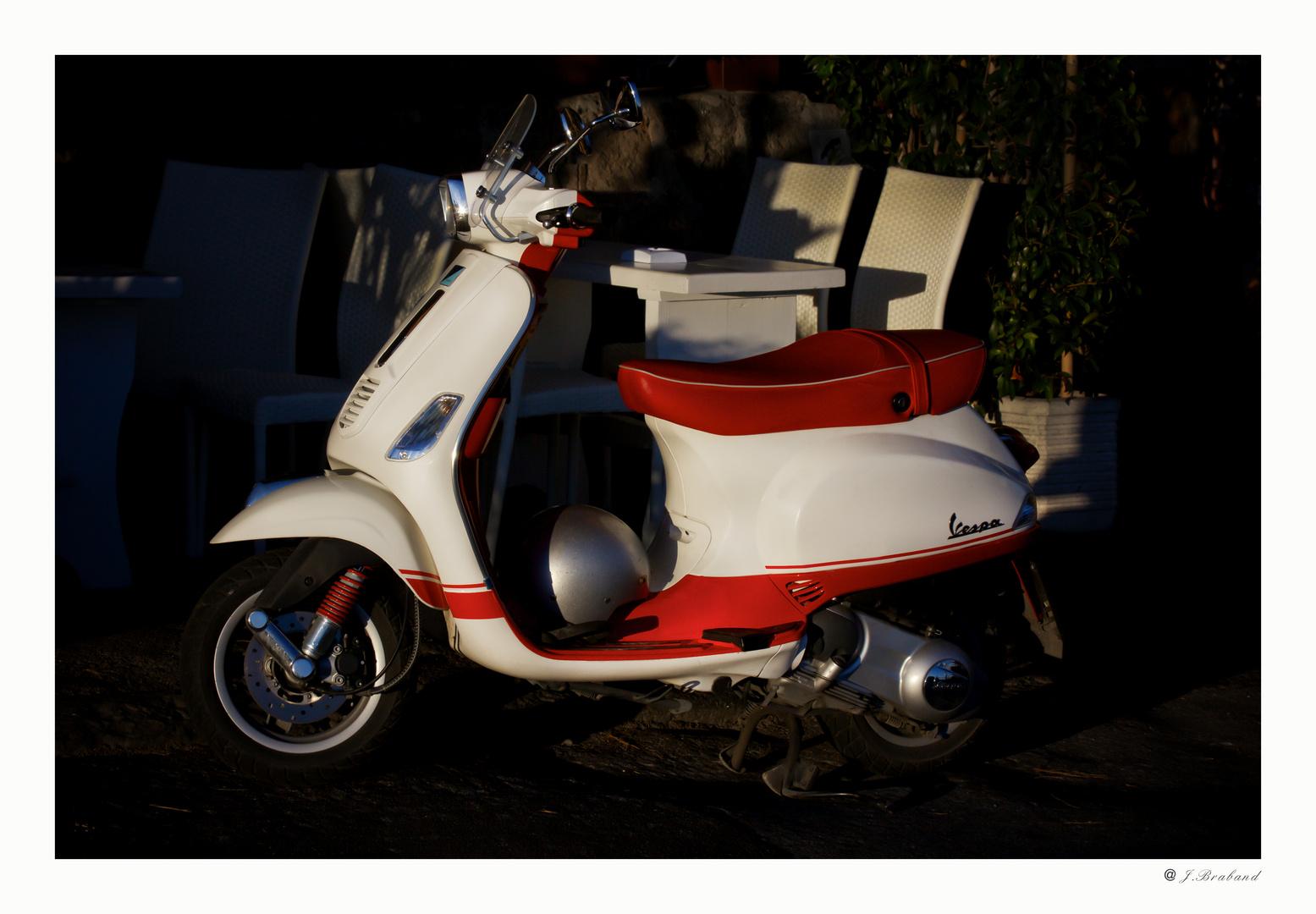 Der Motorroller ...