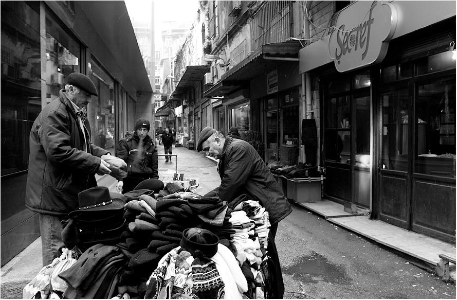 Der Mützenverkäufer oder Istanbul im Winter