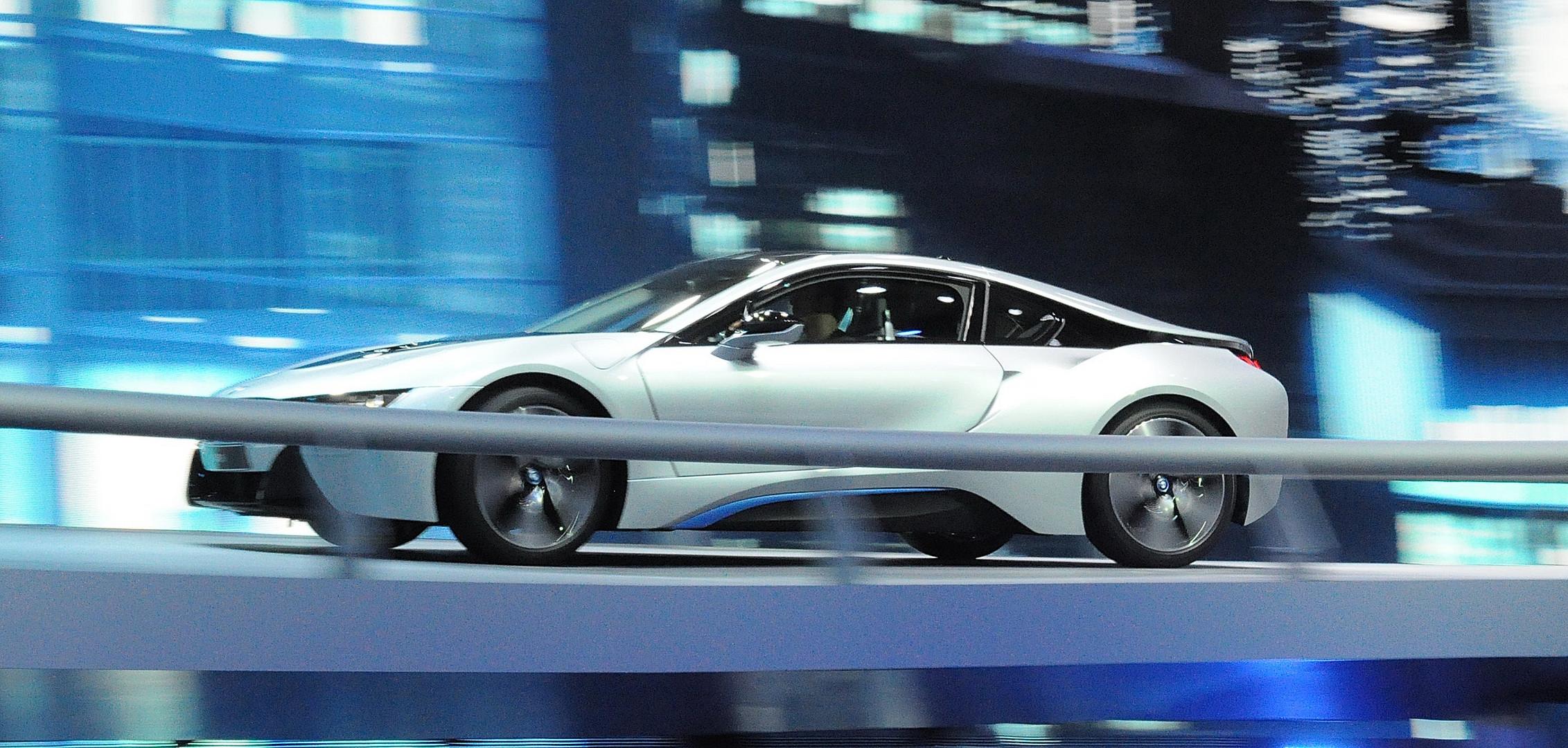 Der neue BMW I 8 in der Bewegung IAA 3013 Frankfurt