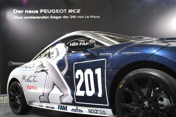 Der neue Peugeot RCZ beim 24h Rennen 2010