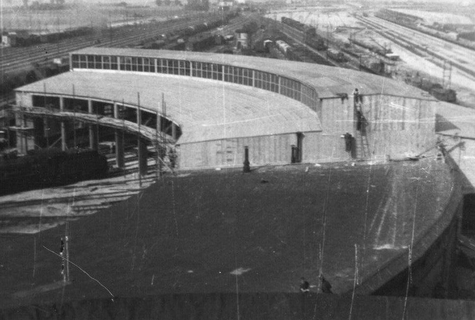 Der neue Rundschuppen in Lissa 1942