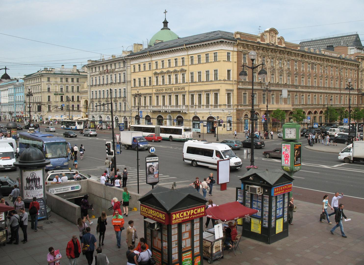 Der Newskij Prospekt in Sankt Petersburg (2)