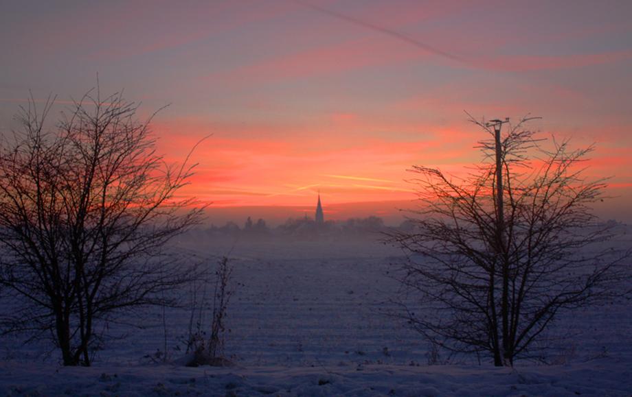Der Niederrhein am Winterabend
