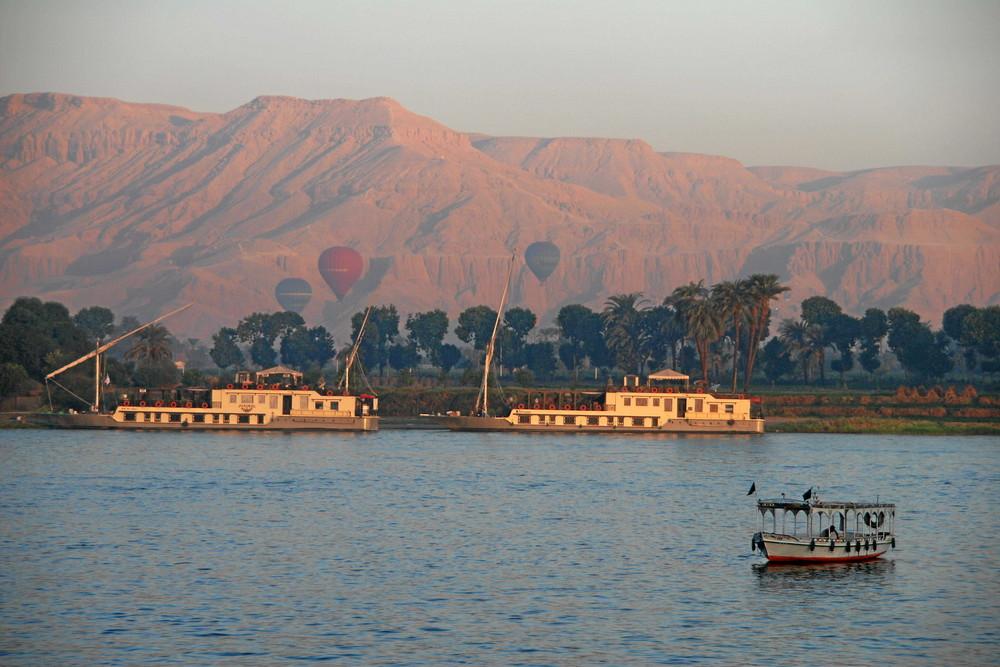 Der Nil um 6:00 Uhr in Luxor