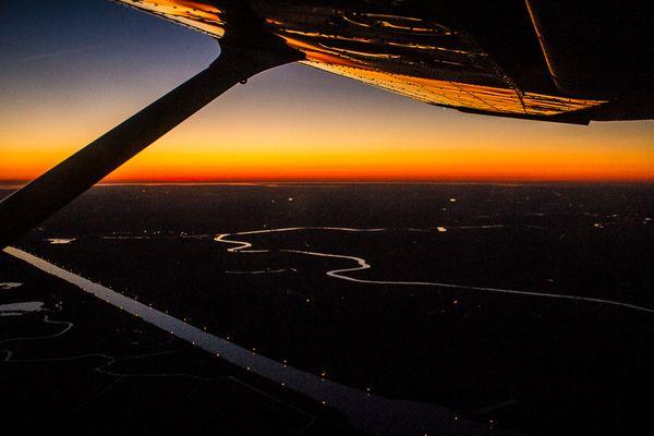 Der Nord-Ostsee-Kanal macht auch des Nachts etwas her :-)