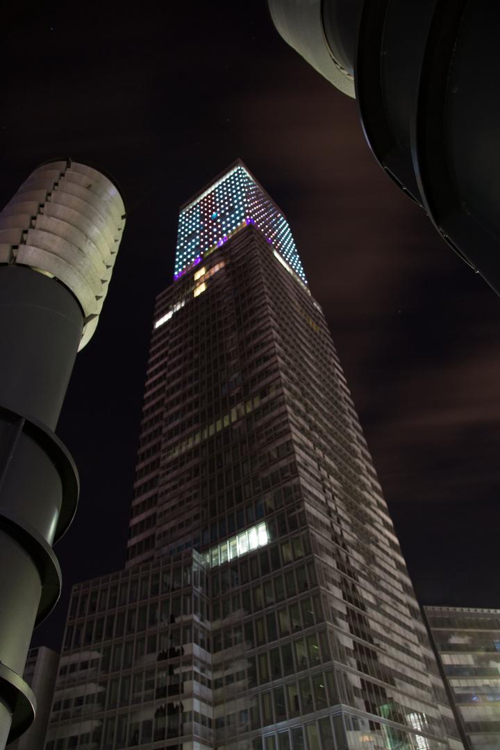 Der Osman Tower in Köln