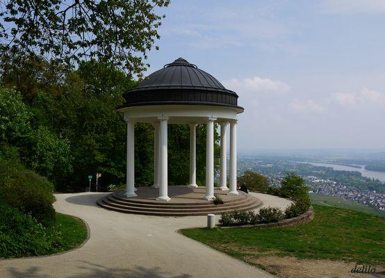 der Pavillon am Niederwald-Denkmal 1