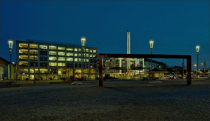 Der Postplatz von Dresden ...