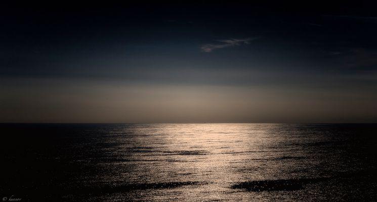der Punkt an Horizont