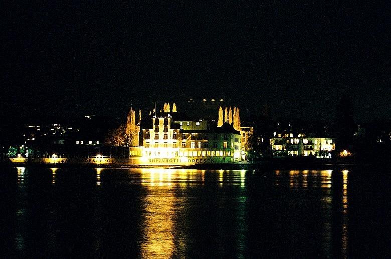 Der Rhein bei Nacht