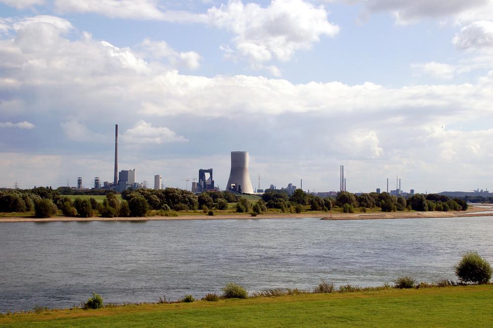 Der Rhein mit seiner Natur und Industrie