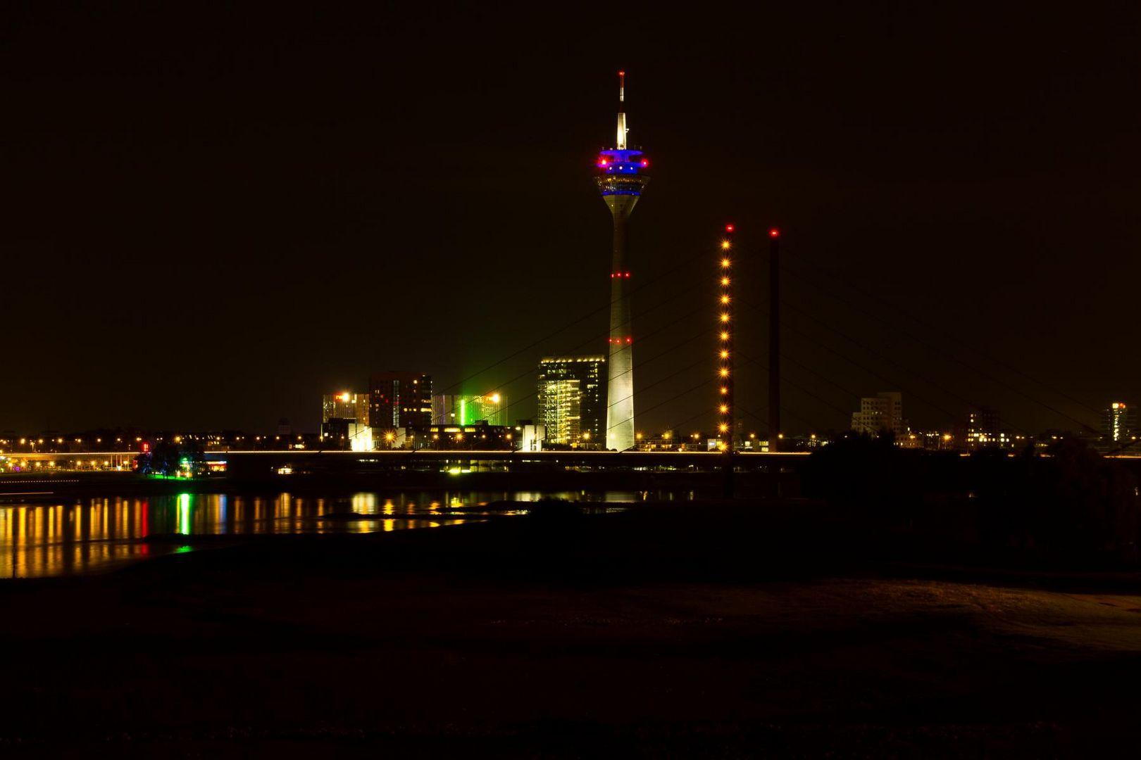 Der Rheinturm von Düsseldorf
