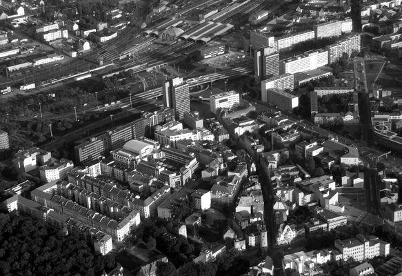 Der Riebeckplatz in Halle/S von oben