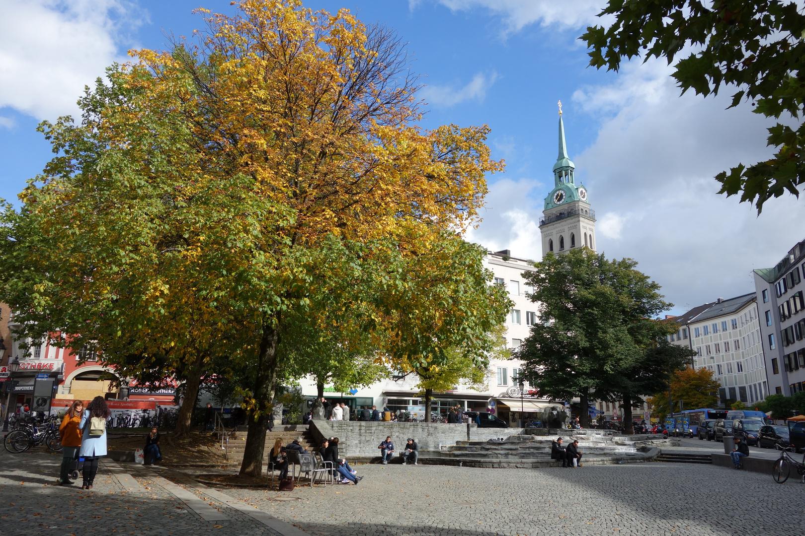 der rinderbrunnen in münchen stadtmitte aufgenommen mit der sony rx 100
