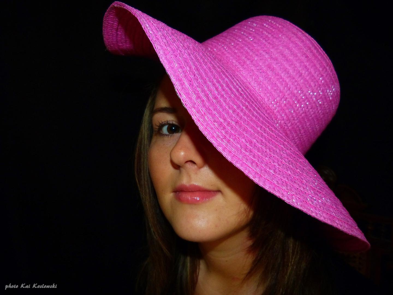 - Der rosa Hut -