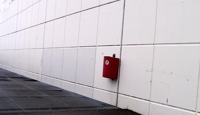 Der rote Papierkorb