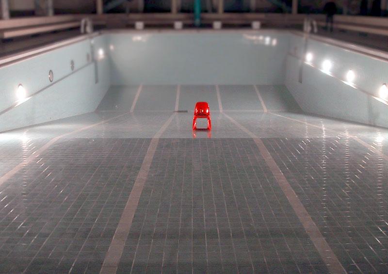 Der rote Stuhl II