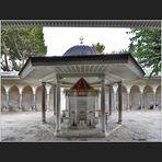 Der Sadirvan der Kilic Ali Pasa Camii