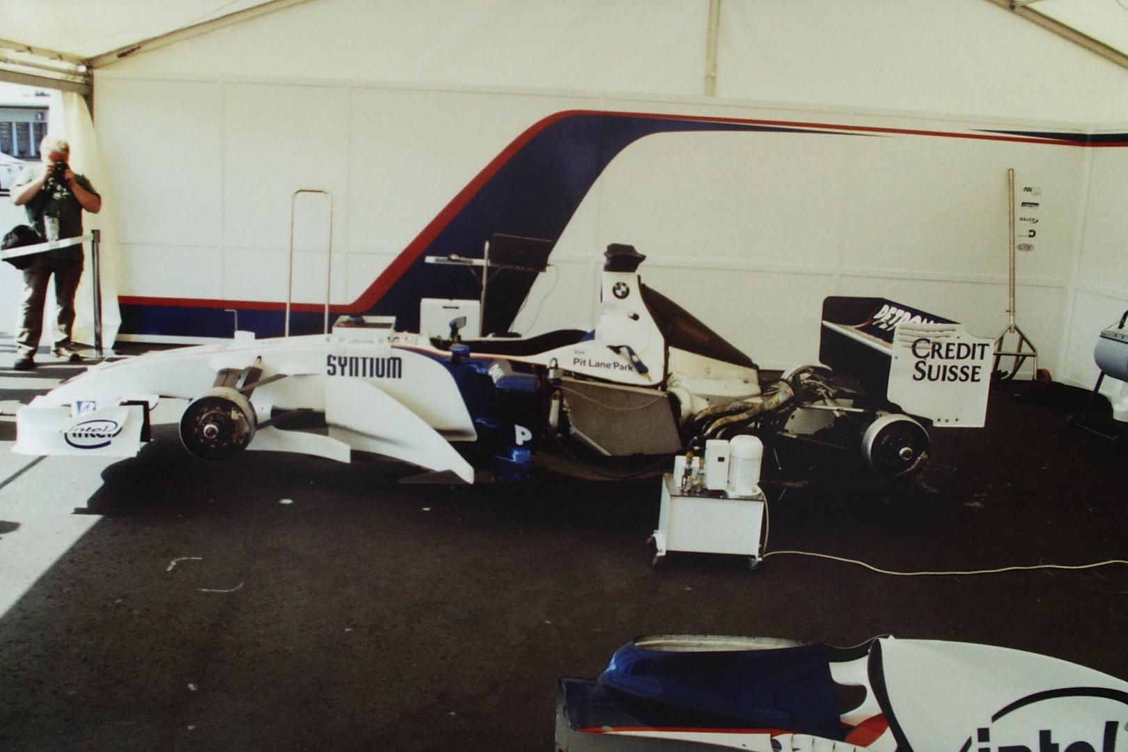 Der Sauber BMW Formel 1 Rennwagen ...
