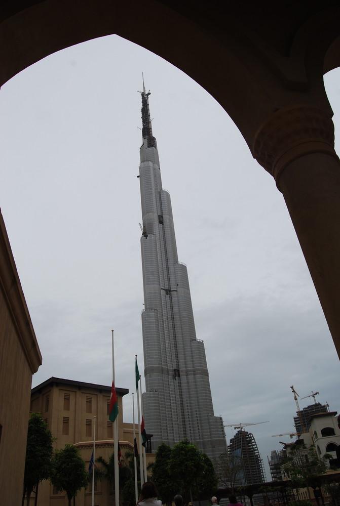 Der schiefe Turm von Dubai