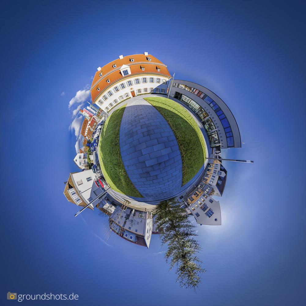Der Schlossplatz Rechberghausen als Little Planet