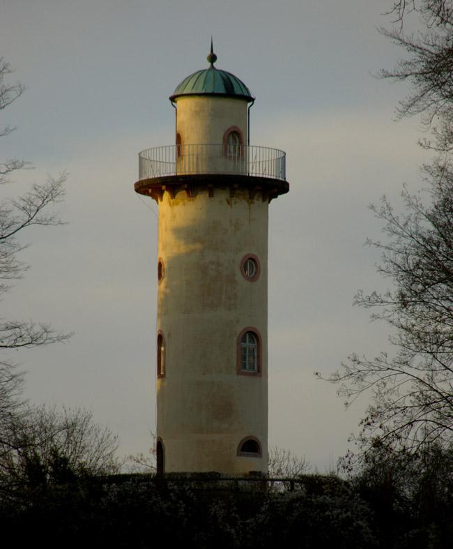Der Schönbusch-Turm