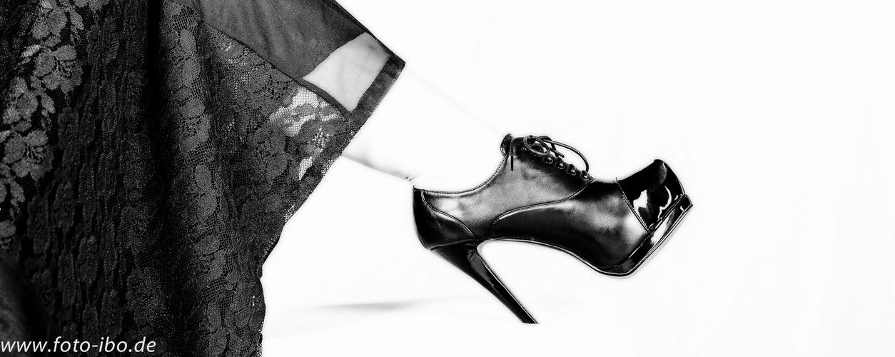 ..der Schuh